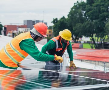 Image for 6 Solar Panel Cleaning Tips Anyone Can Do
